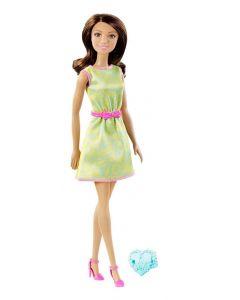 Barbie-dukke med ring - brunette