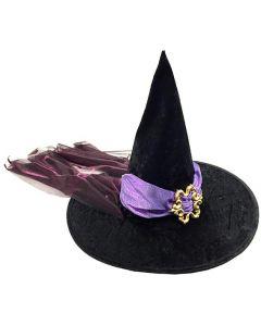 Heksehatt med lilla dekor og lilla hår