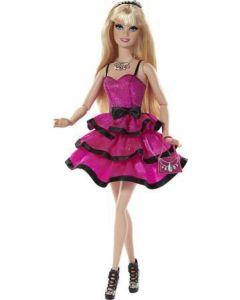 Barbie dukke med flotte kjole