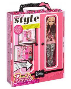 Barbie klesskap med klær