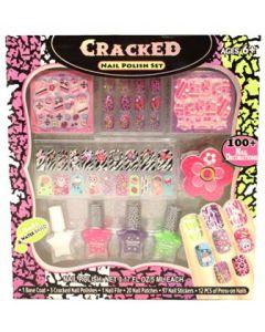 Neglelakksett med ulikt dekor og ulike farger neglelakk