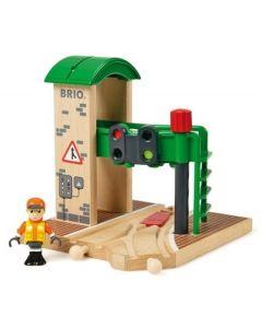 BRIO Stasjon med signal